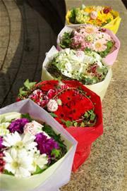 贈り花、お供え花なら天神橋商店街の天満花重