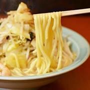 1食で1日分の野菜が採れる当店自慢のちゃんぽん!(800円)
