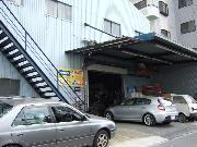 BMW、ベンツ、アウディ等、外車の塗装や修理・板金はおまかせください!