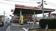 ガソリンスタンド内で、カーコンビニ倶楽部、キーパープロショップを運営しています