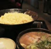 濃厚だけどあっさりスープでいただくつけ麺